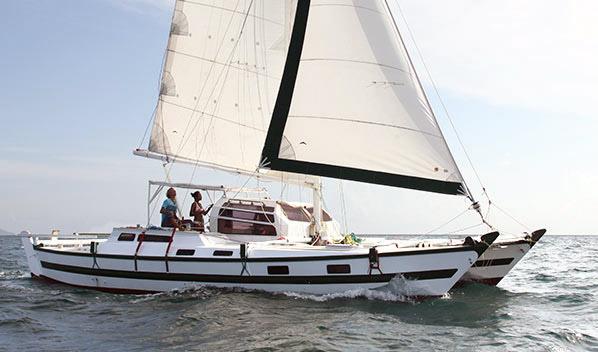 Bareboat Tiki on Lagoon 440 Catamaran Layout