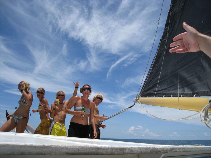 Island Cruises Yacht Charter Thailand