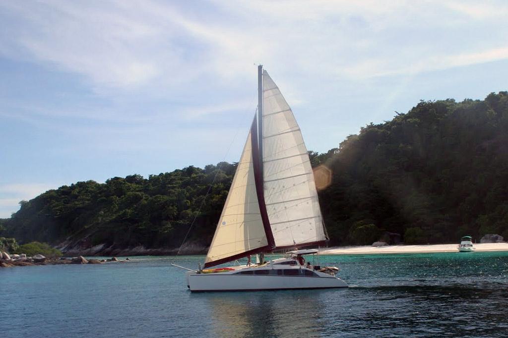 Charter Catamaran Phuket Grainger 40